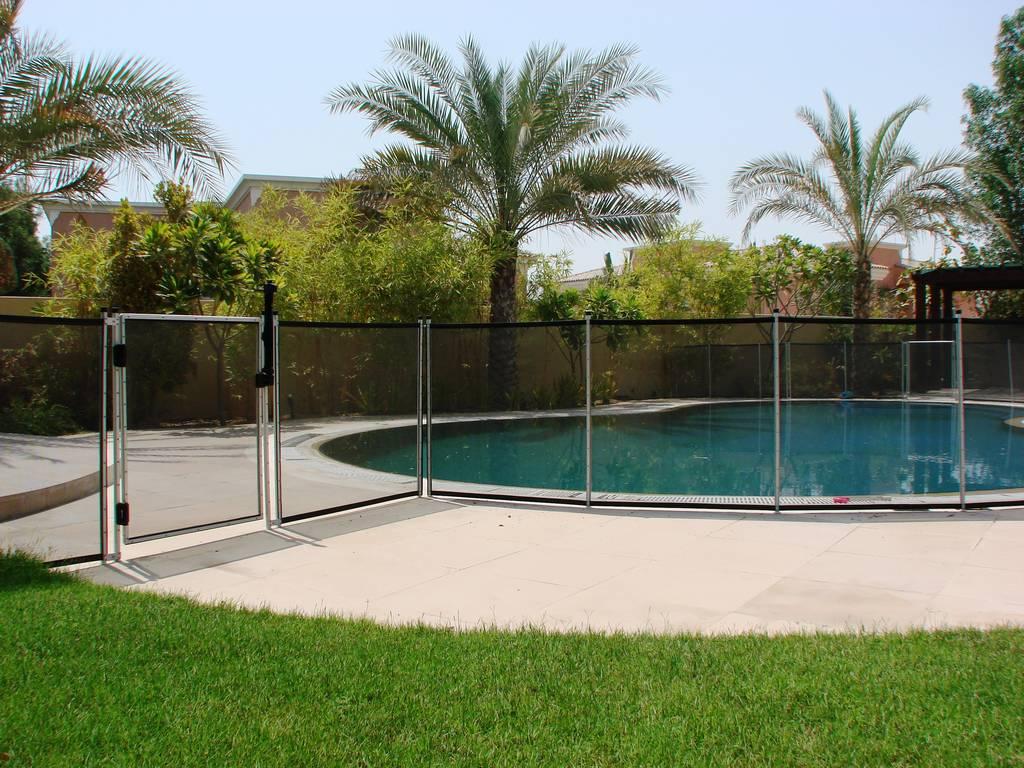 Arabian ranches villa dubai for Pool safety dubai