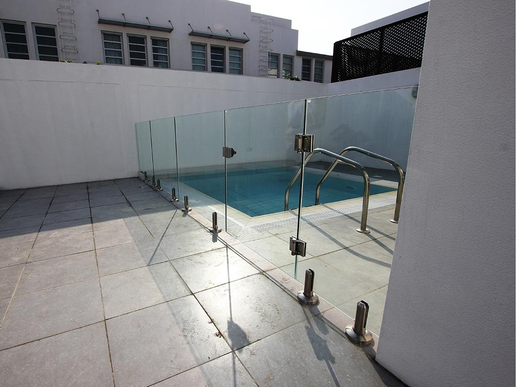 Glass Pool Fencing Dubai Al Safa Villa 00001