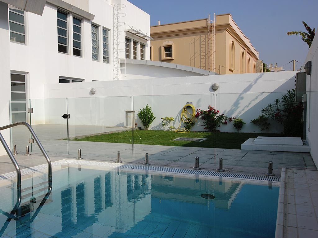 Glass Pool Fencing Dubai Al Safa Villa 00005