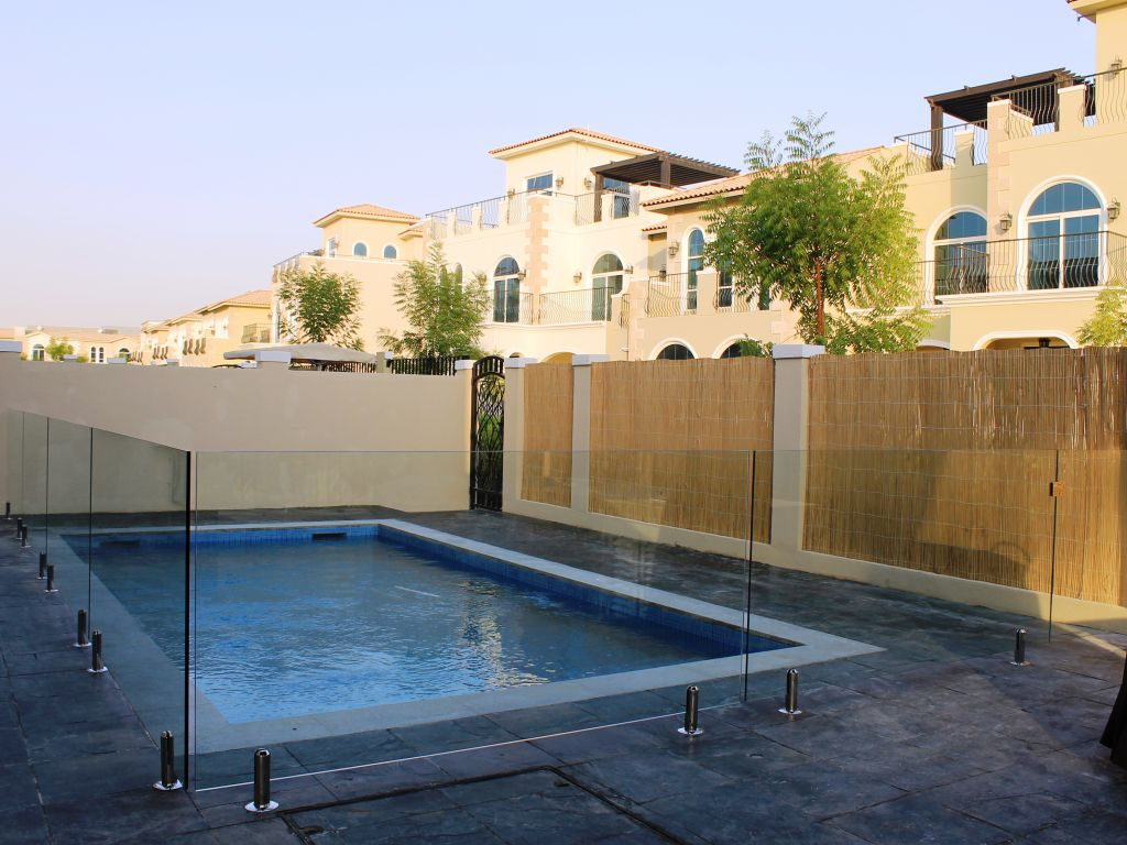 Glass Pool Fencing Motor City Dubai 001