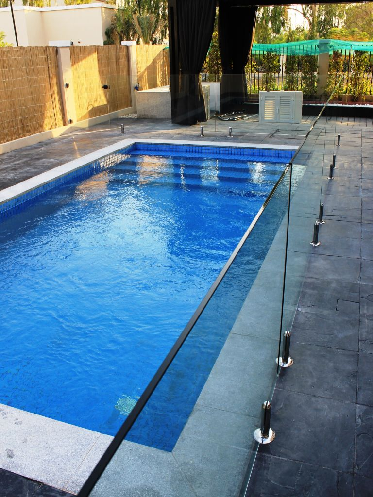 Glass Pool Fencing Motor City Dubai 002