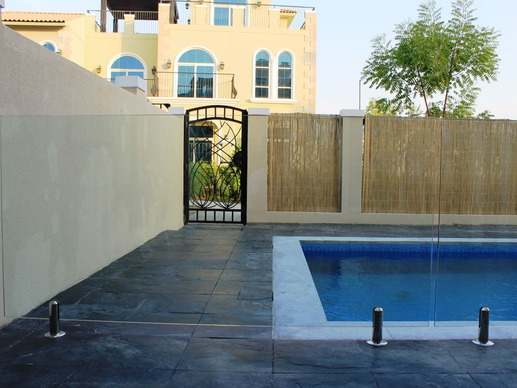 Glass Pool Fencing Motor City Dubai 003