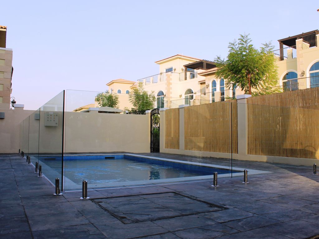 Glass Pool Fencing Motor City Dubai 005