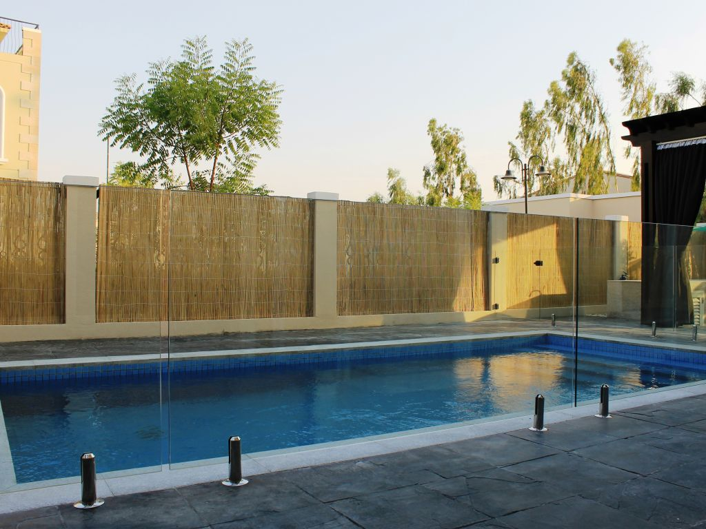 Glass Pool Fencing Motor City Dubai 010