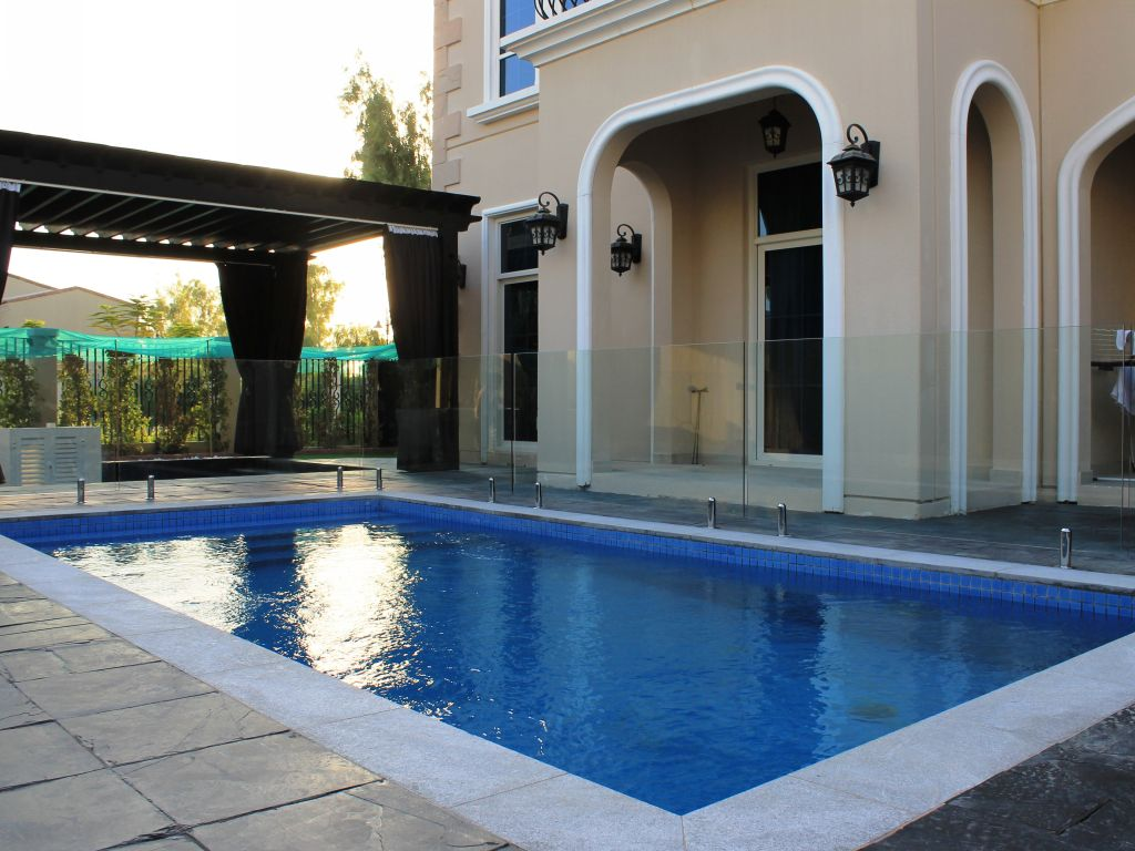 Glass Pool Fencing Motor City Dubai 012