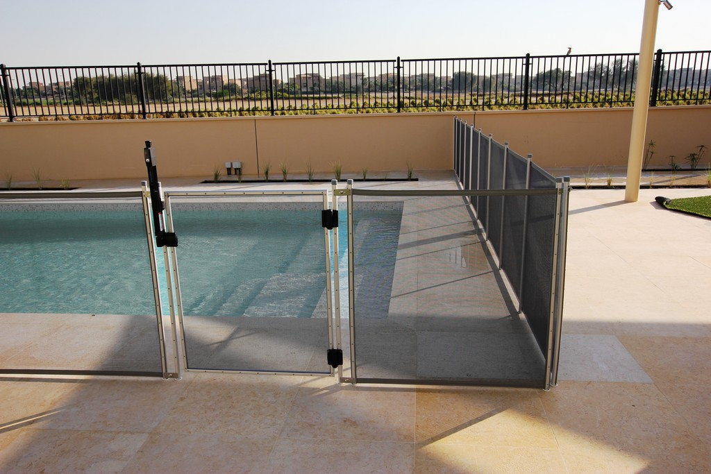 Glass Pool Fencing Ls Aveinda 00002