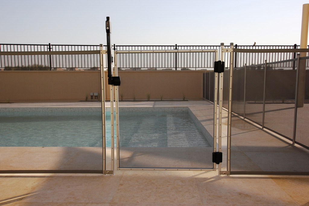 Glass Pool Fencing Ls Aveinda 00003