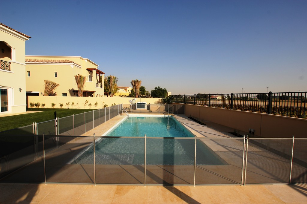 Glass Pool Fencing Ls Aveinda 00004
