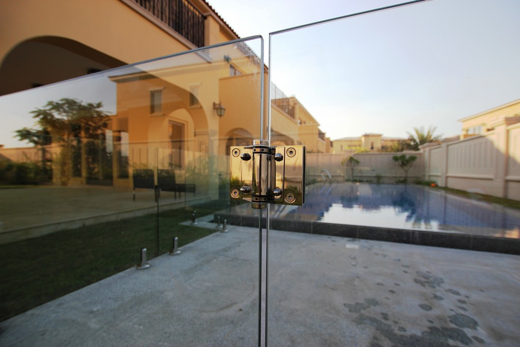 Glass Pool Fencing Sadiyat Island Abu Dhabi00004