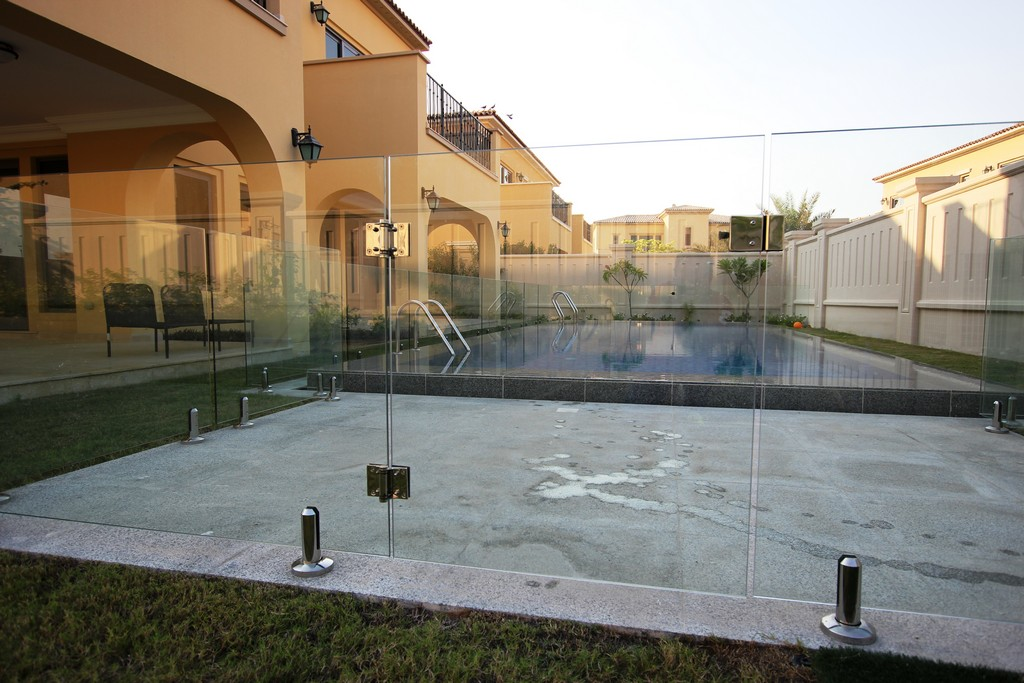 Glass Pool Fencing Sadiyat Island Abu Dhabi00005