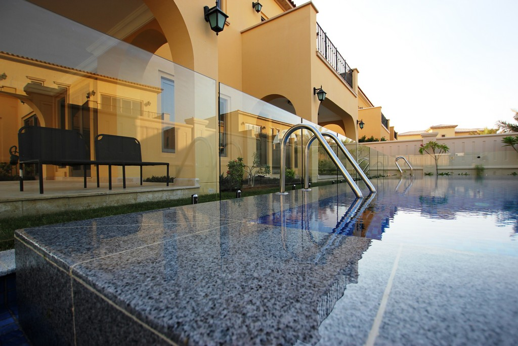 Glass Pool Fencing Sadiyat Island Abu Dhabi00006